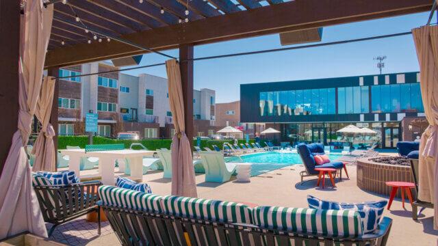 ozarkvillas pool 001