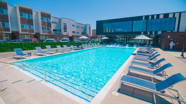 ozarkvillas pool 004