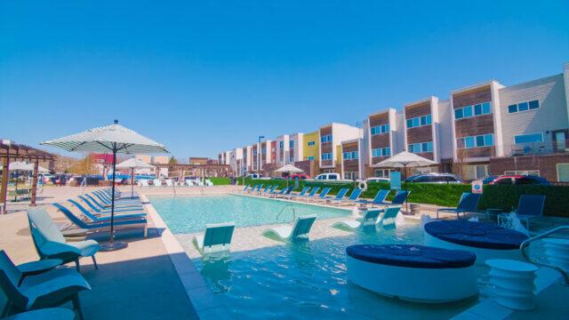 ozarkvillas pool 012